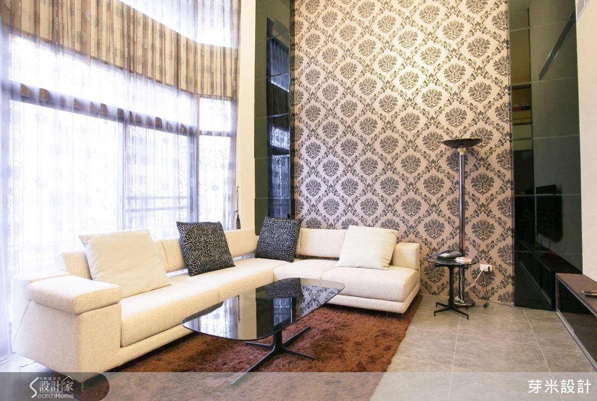 超過20歲的透天老別墅,改造過後融合現代與日式風格。