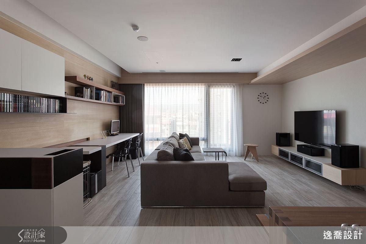在現代風的簡潔氛圍中,設計師透過木皮的質樸與溫潤讓空間更加有溫度!加入一些木質層板於其中,增添不同的層次感!