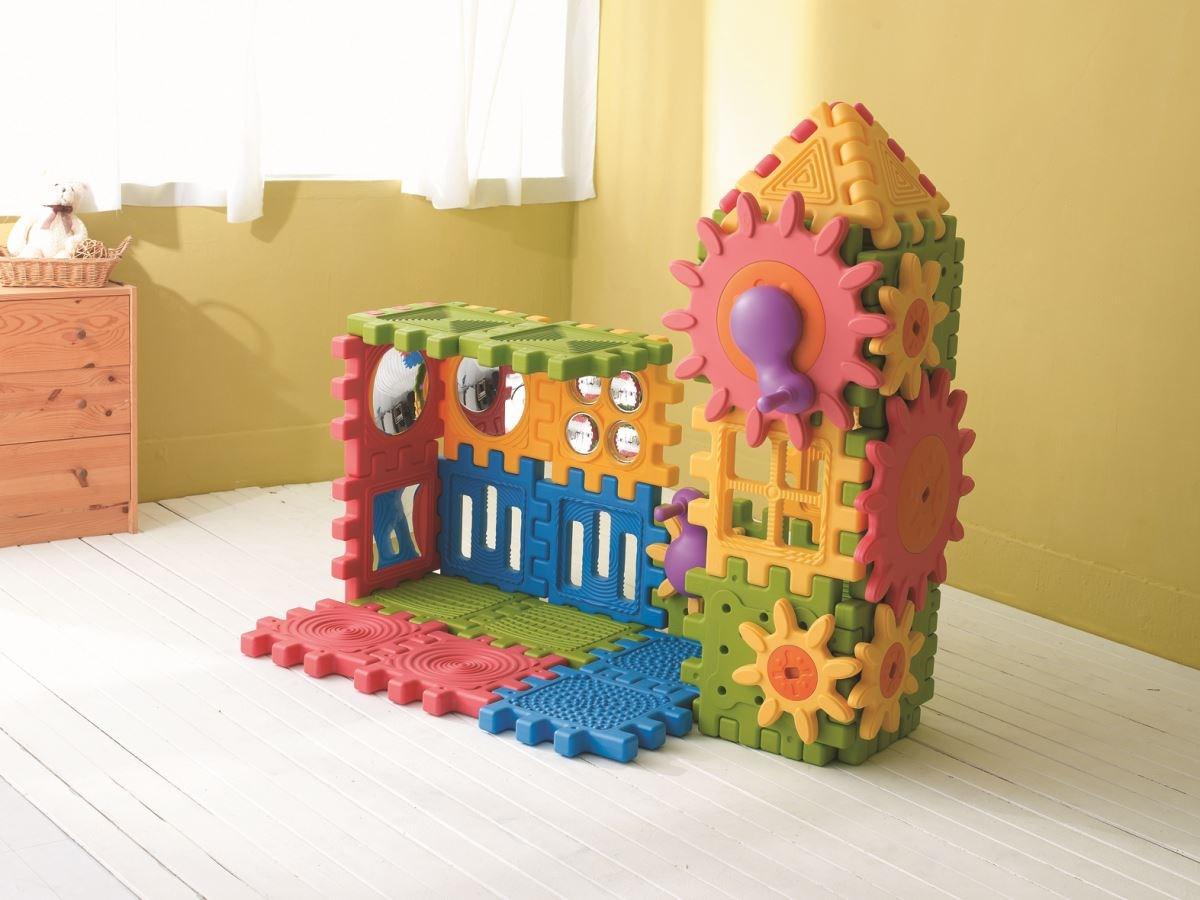 【探索積木全系列】不同結構設計的組合,滿足孩子探索與知覺所需的刺激。圖片提供_童心園