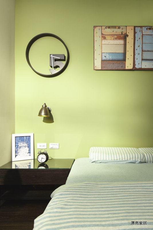 色彩持久亮麗,超強耐擦洗 30000 次等全效防護功能,給居家完整的呵護。
