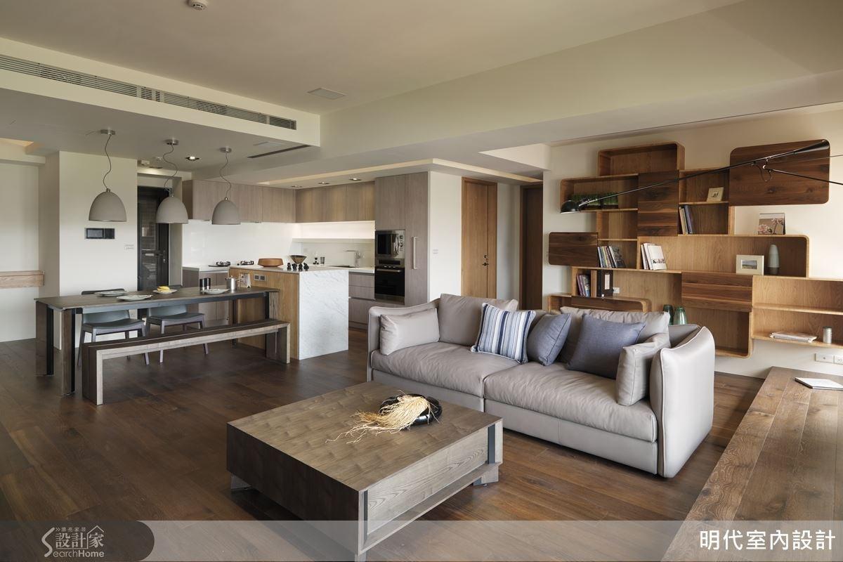 白色空間裡運用各種深淺色調的木建材,讓人倍感紓壓,而別緻的幾何展示書櫃更替空間增添幾分個性。