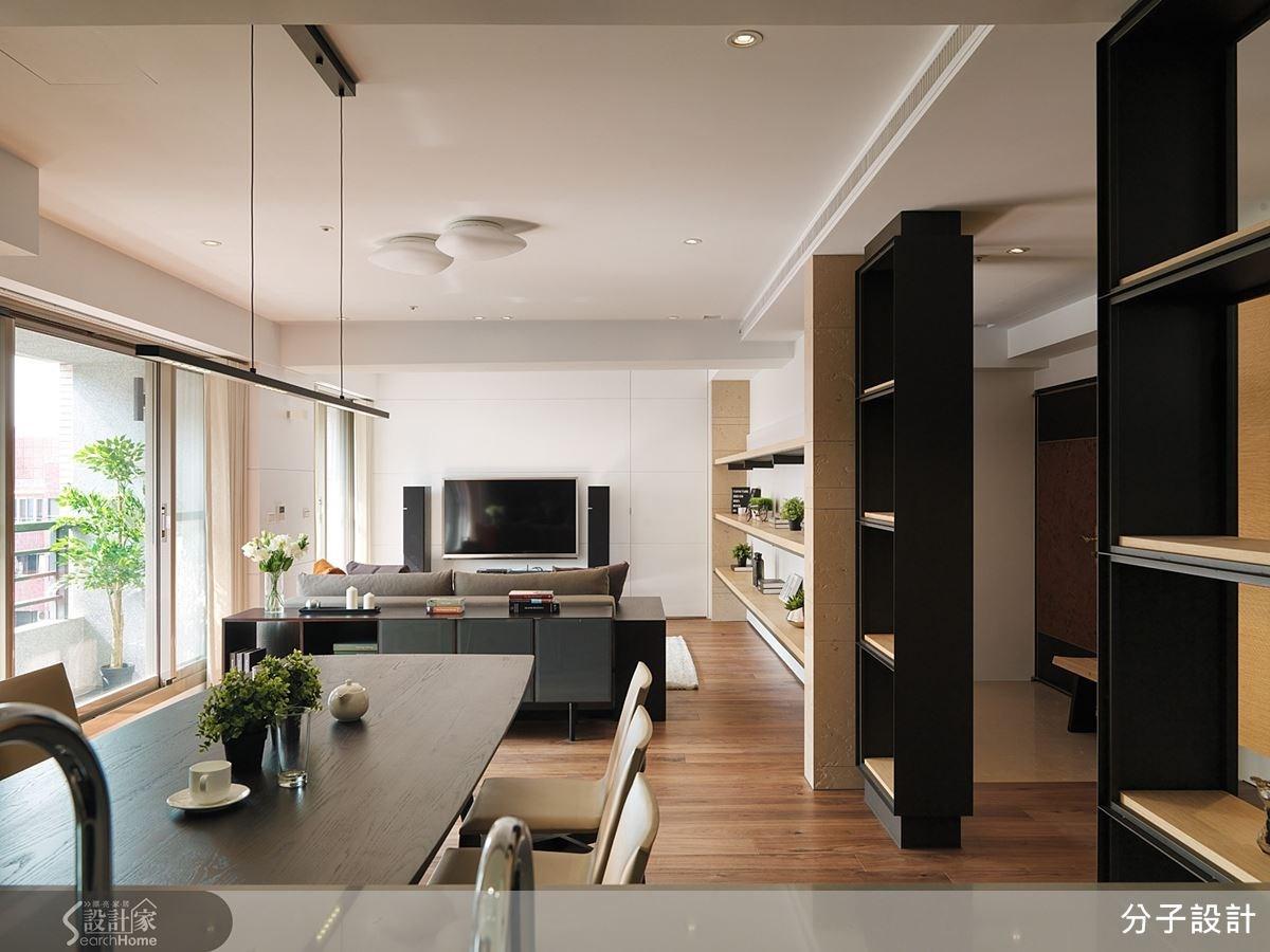 原本陰暗的老屋經過格局重整,並且注入細膩的現代風格美感,變身為明亮而優雅的理想居家。