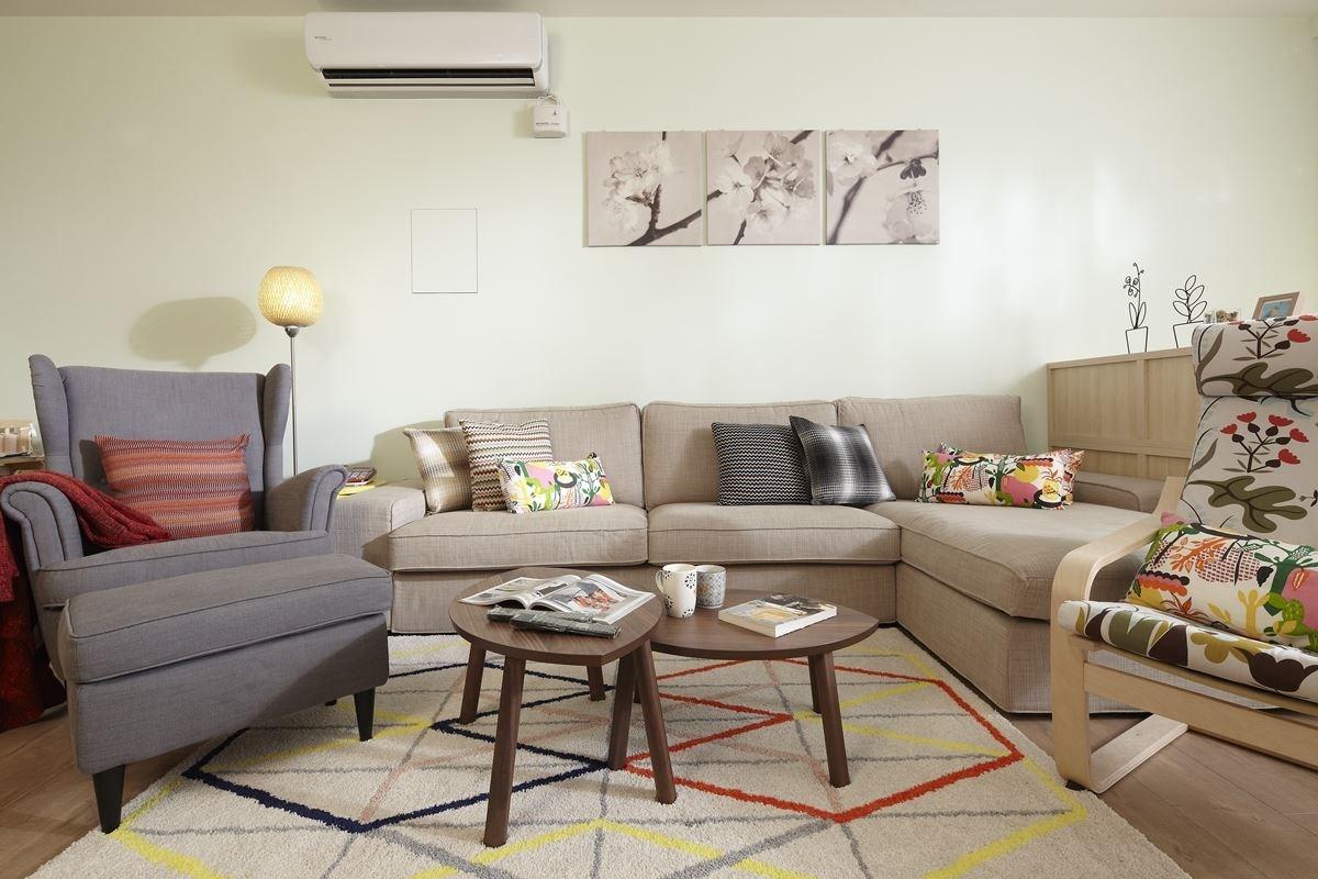STOCKHOLM 子母桌NT.7,990 元、IKEA PS 2014 短毛地毯NT.2,995 元