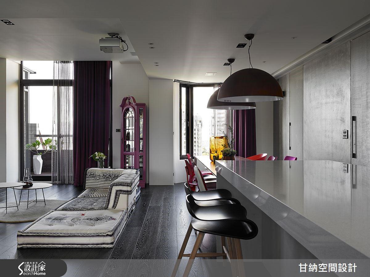 廳景,女主人的珠寶櫃重新染上了粉紅顏,與設計家具相互映襯,乘上窗景,歐美氛圍一瞬呈現。