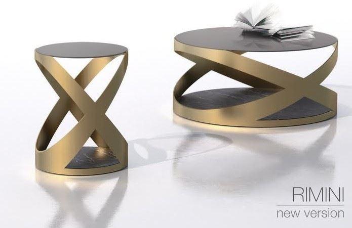 以金屬鐵件融合大理石桌面,設計師巧手玩弄不同材質的搭配,即使俐落的工業風造型也能呈現義式傢具簡約大器的典雅品味。