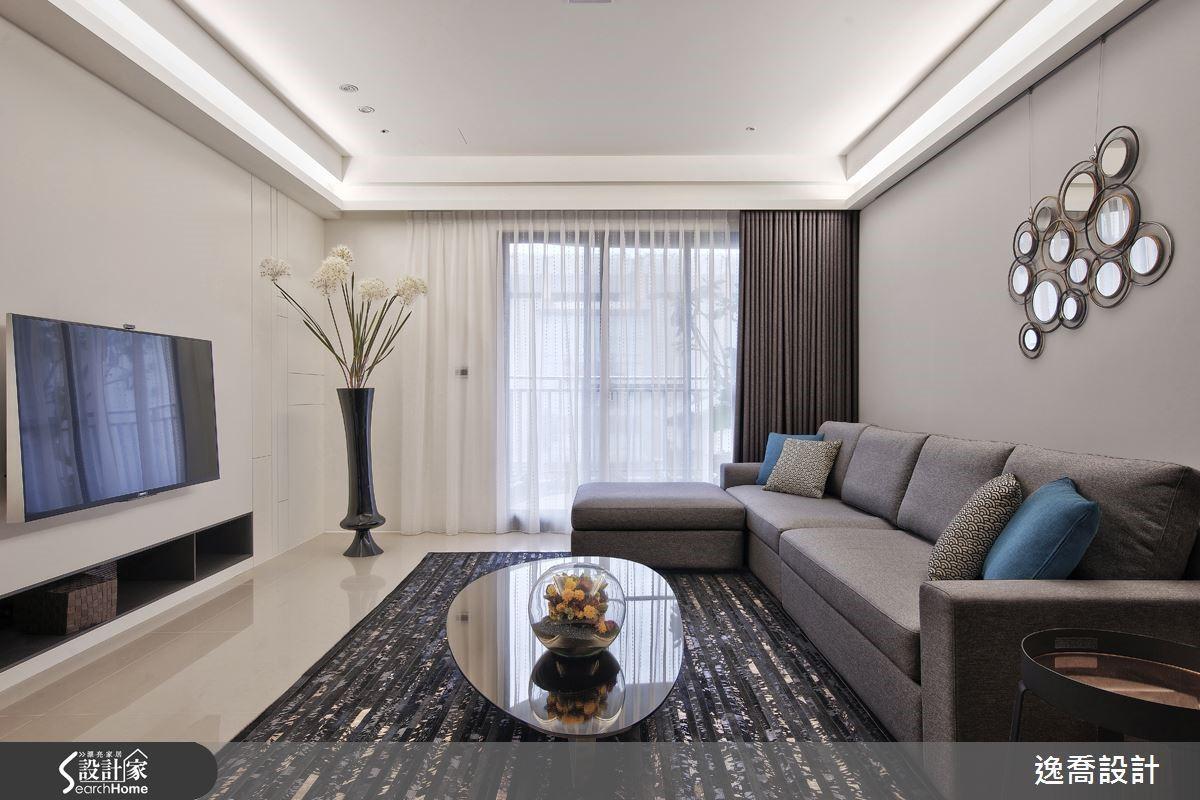屋案本身採光與坪數等條件都很不錯,透過設計師的巧手經營,更展現柔和舒適的氛圍。