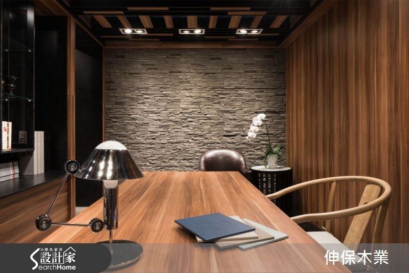 活用系統板材,讓居家空間有了多變化的面板設計,更因此成為營造空間風格的要角,給予屋主多樣化的裝修選擇。