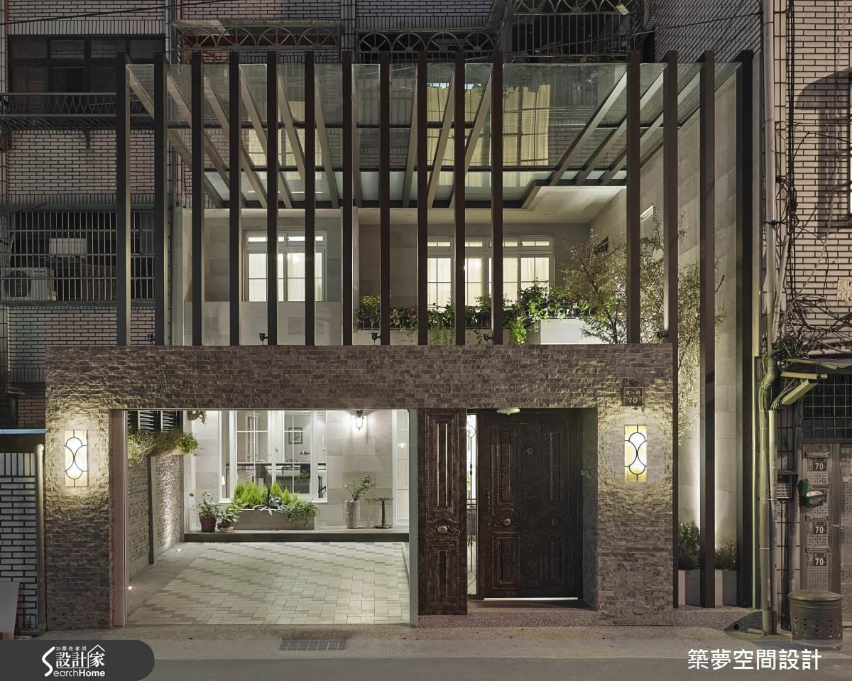 老屋注入浪漫的歐式新豪宅風貌,如拋光後的鑽石璀璨耀眼。