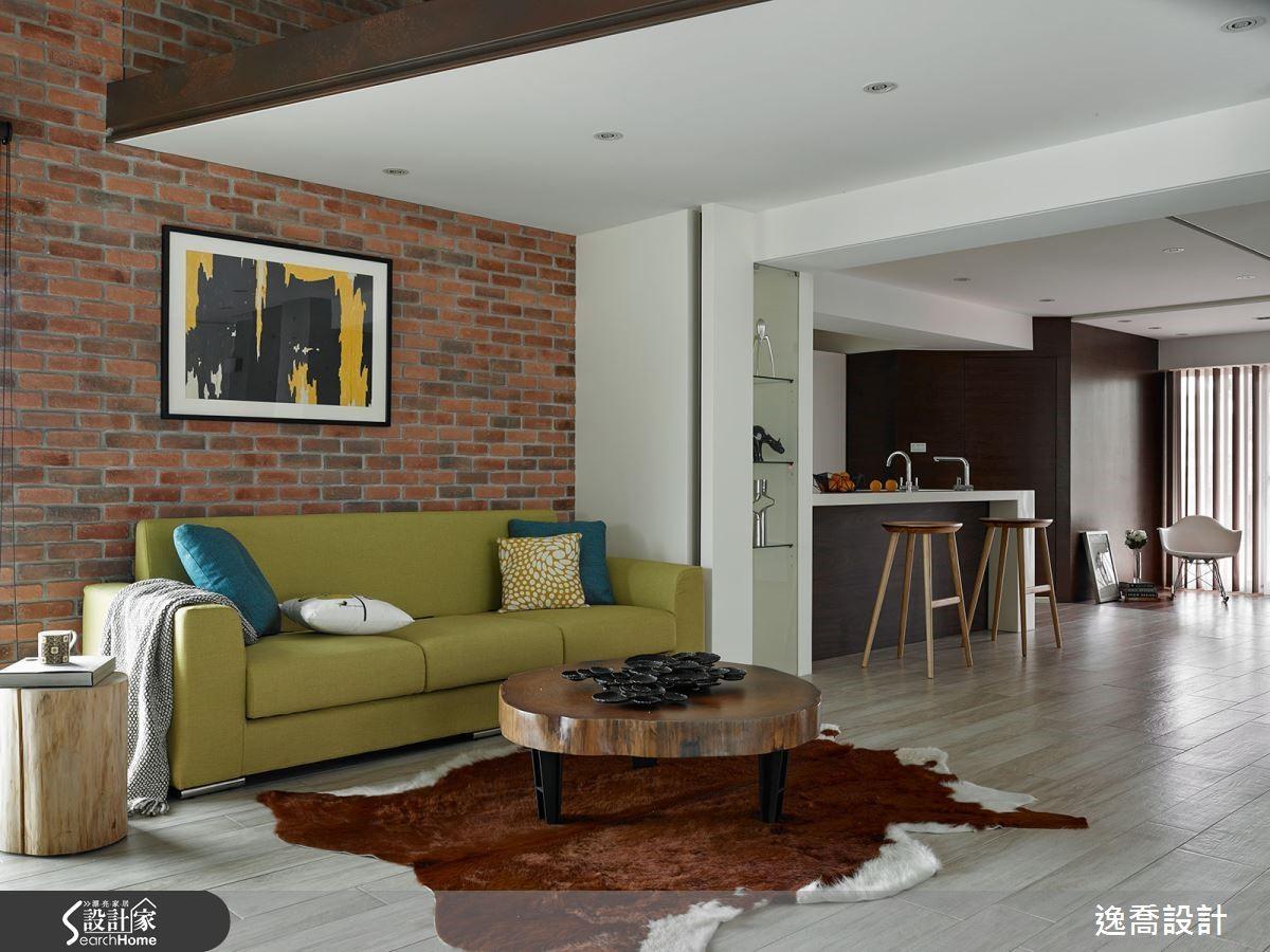 紅磚牆本身具有豐富的色調與紋理,具有美感端景的效果。