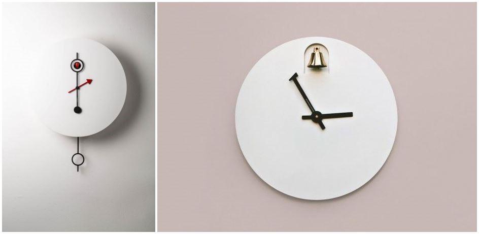 """(左)Cipasso 像明月一樣掛在牆上,由指針與咕咕鳥展開一場遊戲:每到半點,分針的尾巴堵住鳥屋的出口,而每到整點,分針圈住鳥屋讓小鳥出門報時。(右)2015年剛在巴黎發表的 """"Ding"""", 則是在每到整點,為你輕輕敲響一聲銅鐘,優雅打動人!"""