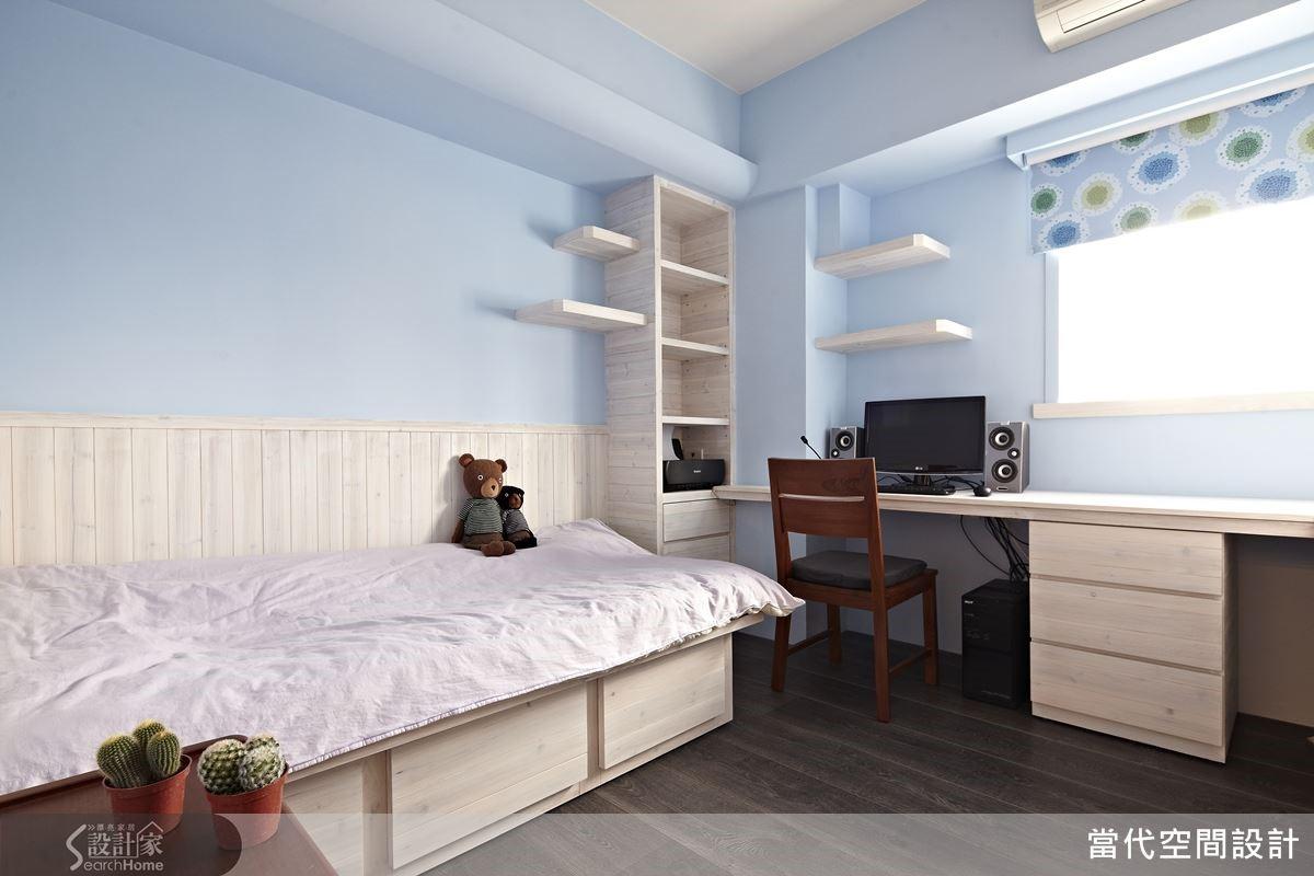 讓孩子養成居家收納的習慣,也是家庭教育極重要的一環。于設計師建議,不妨從孩子的臥房規劃開始,打造隨手即可收納的生活空間,自然能夠讓孩子養成維持整潔清爽的好習慣。