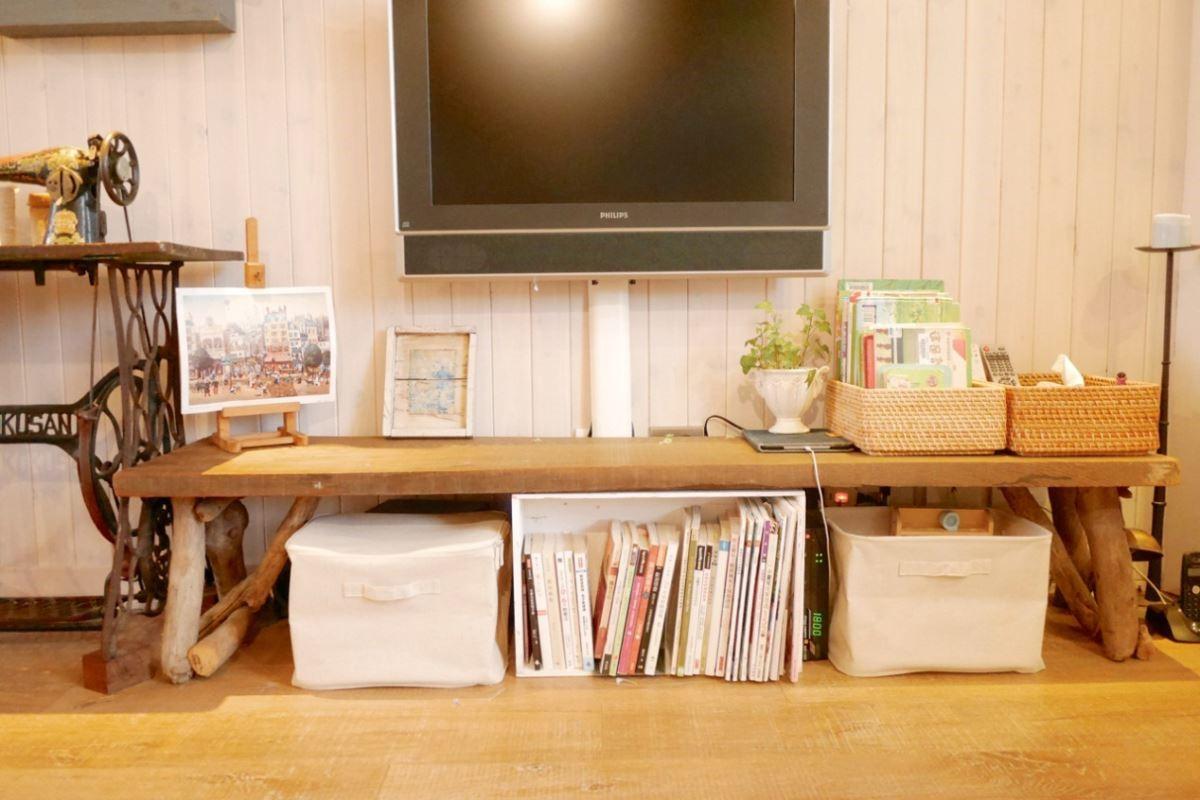 收納從小養成:當孩子還小的時候就養成獨立的收納習慣,依小朋友成長的速度,運用活動式的組裝家具與小器物協助,讓他隨手整理自己的東西,不讓父母代勞。圖片提供_叢書編輯部、安格斯