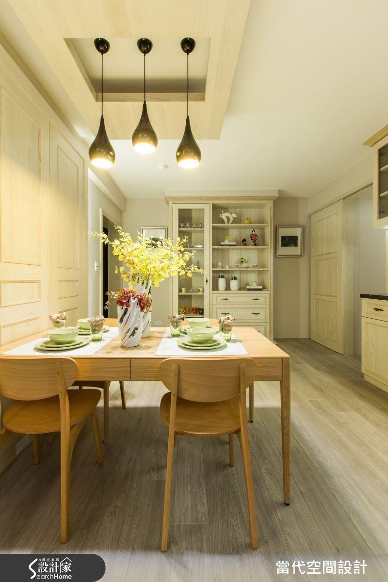 餐廳的空間可以透過大量的木質元素營造出溫暖舒適的氣氛,與親朋好友一起享受用餐時光。