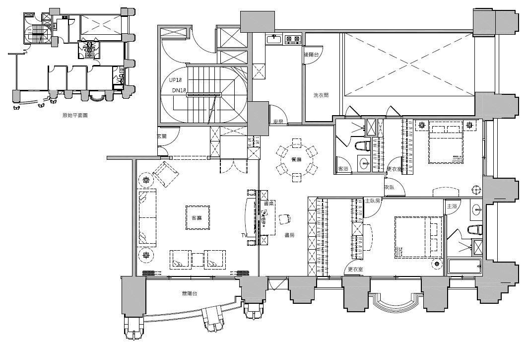 原有的空間是 4 房格局(左上角),更動後變成 2 房 2 廳,空間感擴大許多。平面圖片提供_蒔築設計