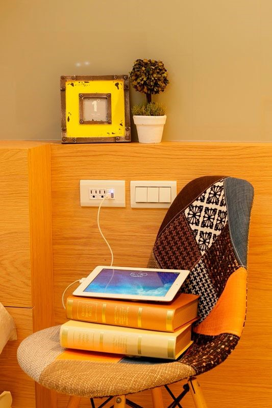 埋入式設計,維持空間設計的一貫優雅美感,同時更提供電源開關,可直接對電源進行開/關控制,達到省電節能的作用。