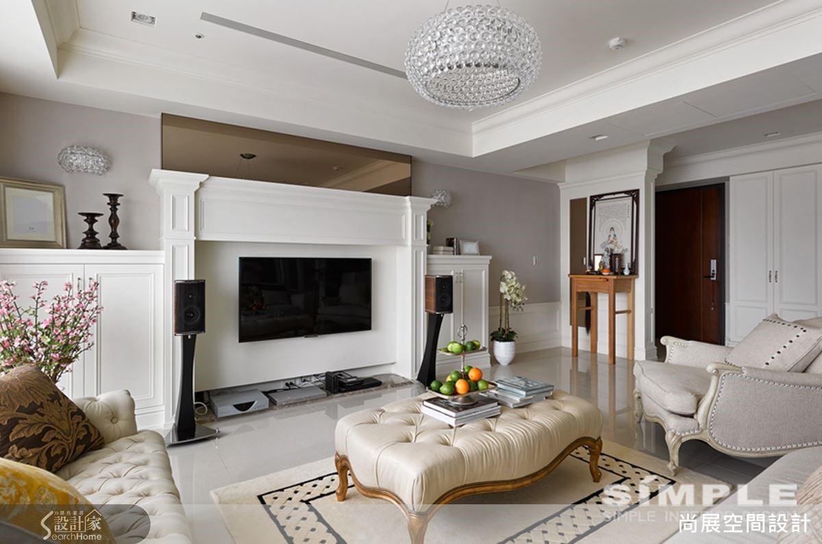 選擇淺色短毛地毯較長毛或深色地毯而言,除了降低視覺溫度,更符合台灣潮濕炎熱的天氣。