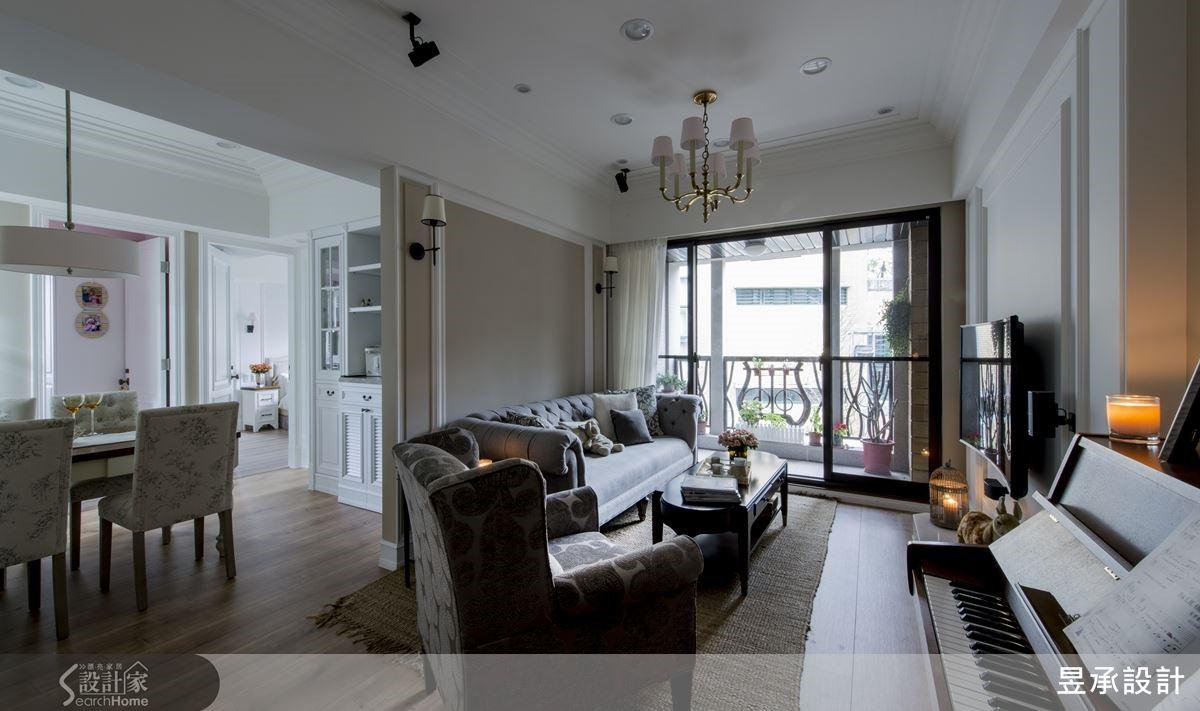 透過格局的微調變動以及精密的收納計算,讓僅有 25 坪的室內也能實現風格與機能兼具的美式住宅夢。