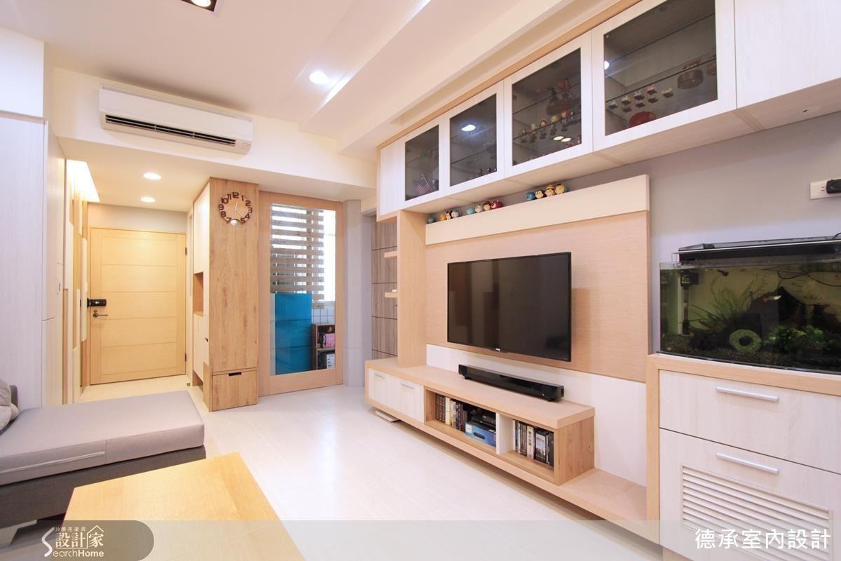位移老屋的不良動線、順整風格,讓 25 坪空間兼具大量收納機能。