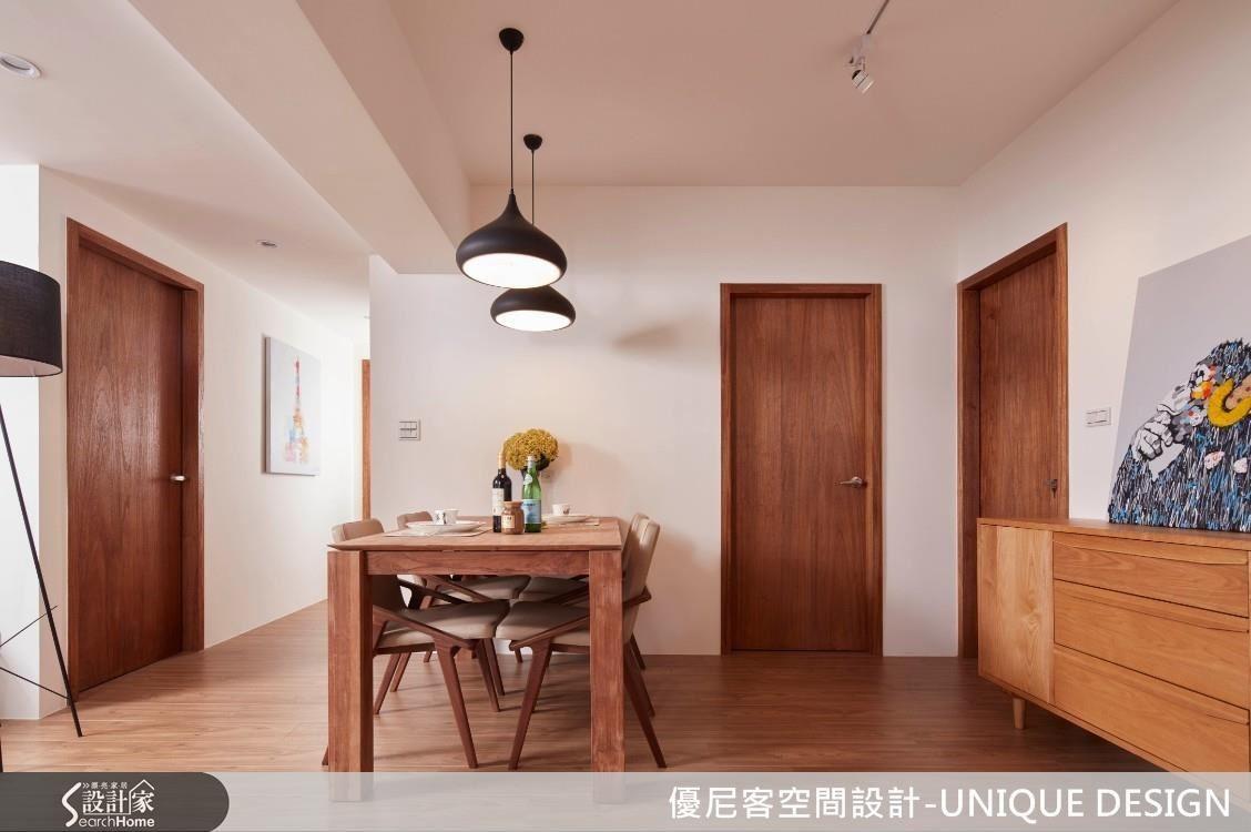 以明亮氣場作為整體基底,搭襯純粹不繁複的材質色調,輕巧構築簡約而溫潤的居家場景。