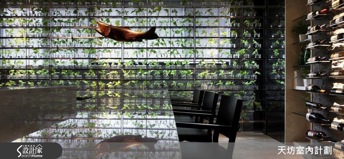 張清平設計師以東方蒙太奇設計為手法,創造具情感體驗的空間。
