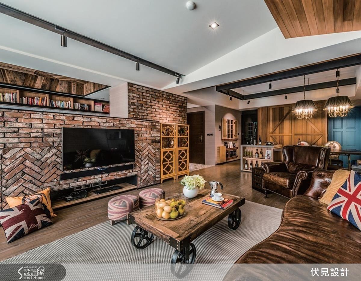 50 坪的居家空間,伏見設計用細膩的材質與有質感的家具,點綴出屋主所想要的古堡工業氛圍。