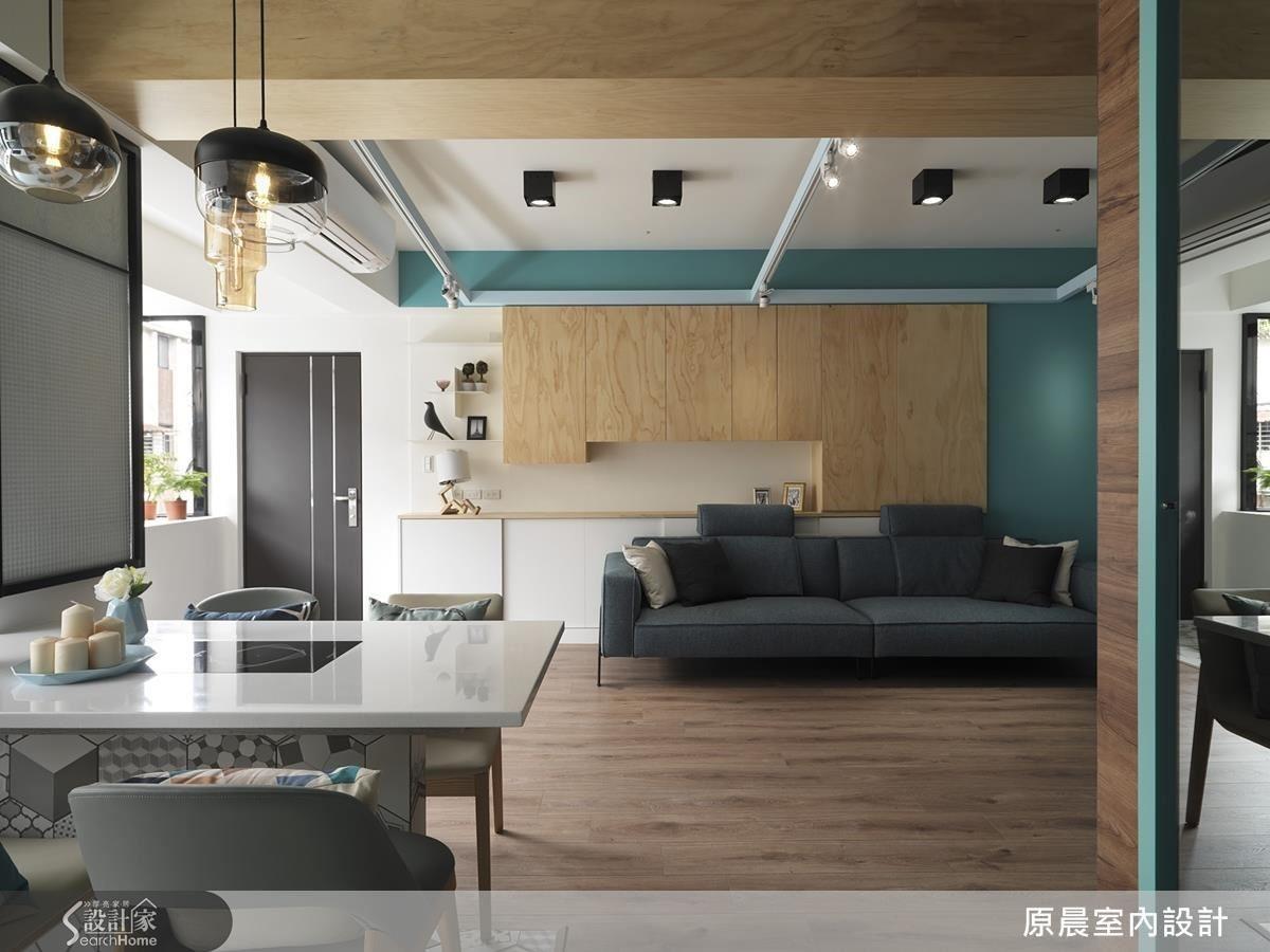 大餐桌是吧台,也兼具書桌和辦公桌功能,解放空間的使用樂趣。