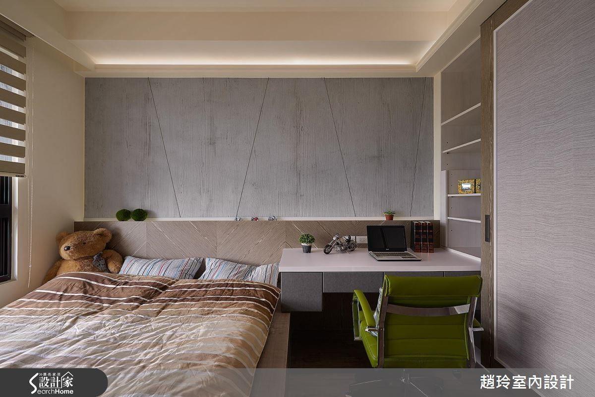 男孩房線條更俐落,運用材質的質感和紋路,拼貼出房間的層次與趣味。