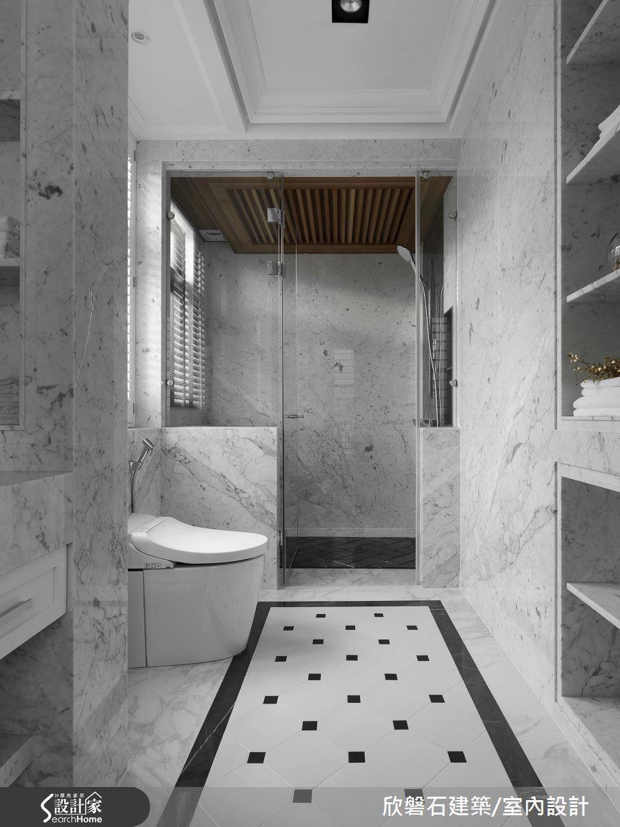 在天花加入檜木,在享受蒸氣的同時更能吸收天然香氣,洗澡也能超療癒!