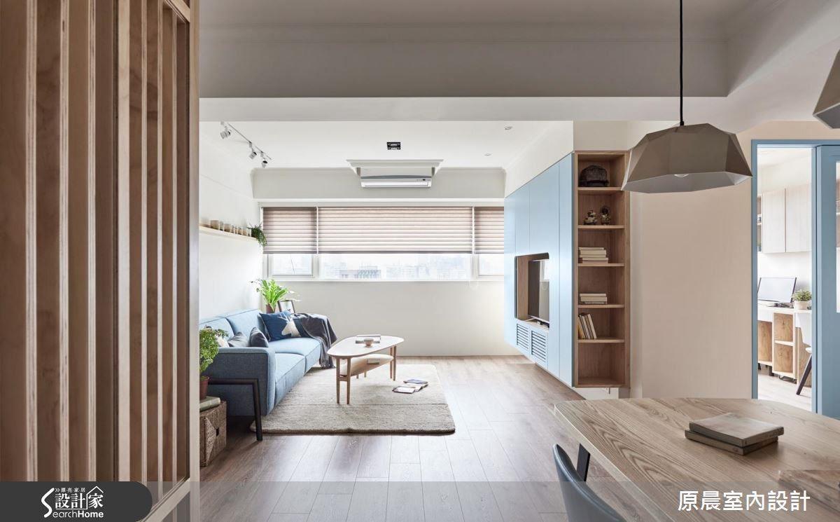 棉花糖藍色為主調,倒吊式電視牆設計,讓空間徹底輕盈。
