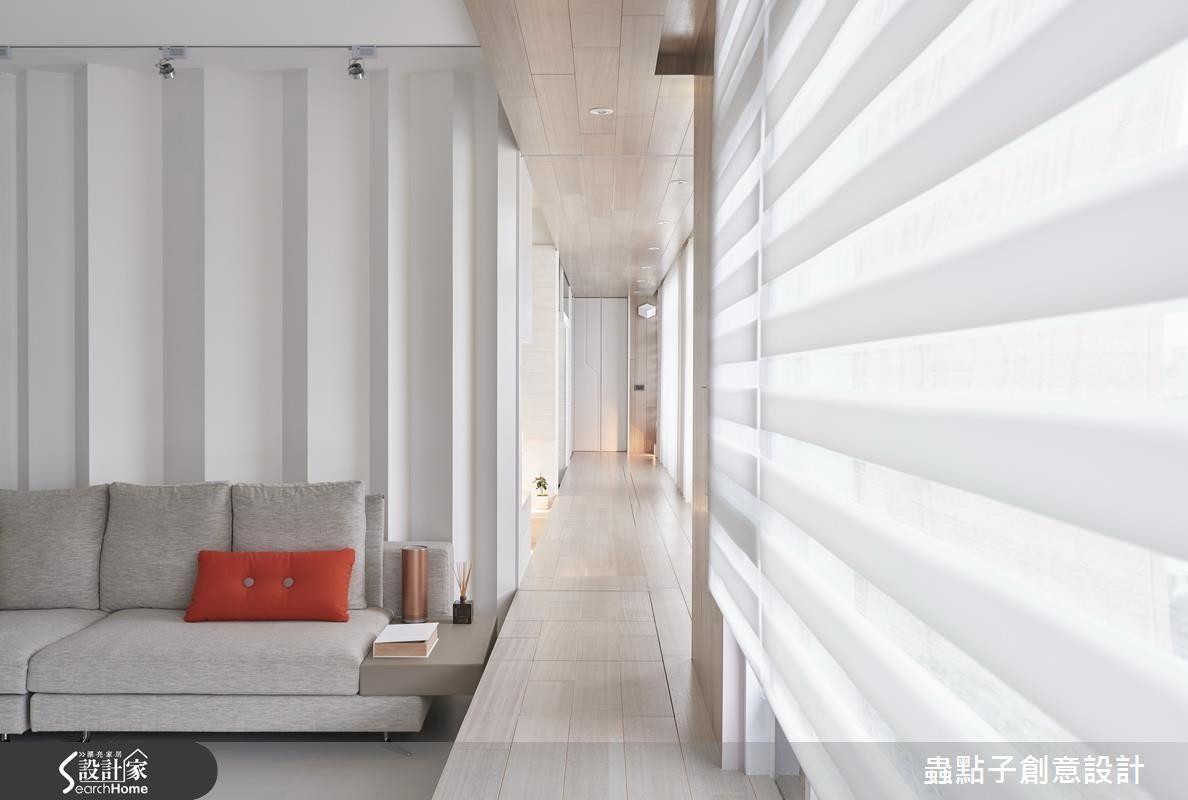 臥榻最高寬度可達 100 公分,除了上掀設計更能安排和室桌,兼具完整的休憩需求。