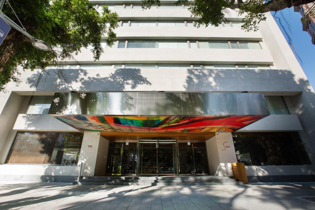 正式落成於敦化北路的 S Hotel,由舊辦公大樓改建,為台北增添一處時尚地標。(圖片提供:S Hotel)