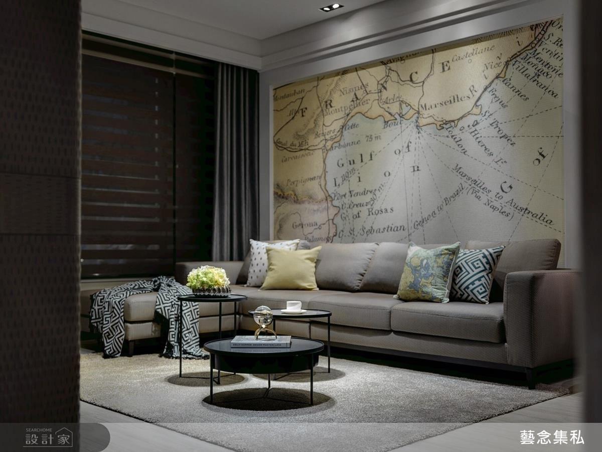 設計師為擁有環遊世界想望的女主人訂製的牆面藝術作品。