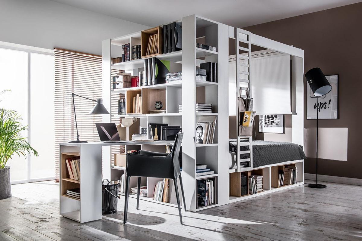 4 YOU 系列巧妙將雙面書櫃加設於四柱床前,讓小空間也能輕鬆擁有半獨立的書房空間。