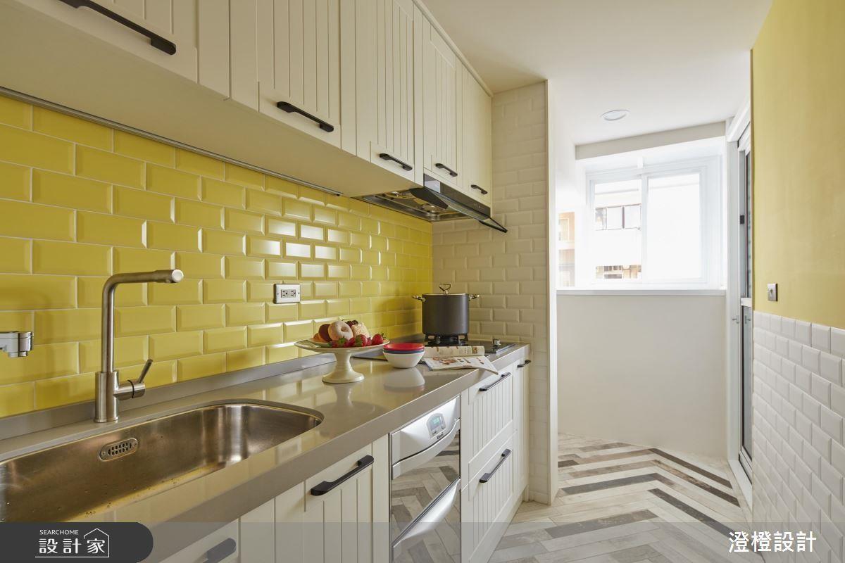 如果你的烹飪頻率偏高,建議採用俐落的一字型廚房搭配充沛採光,讓你的烹飪時光明亮又舒適!