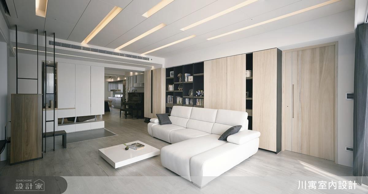 多段式燈光控制加上長條型線板的天花板設計,可隨心所欲的作階段性調整,營造趣味多變的空間情境,線條的延伸度更顯空間通透無阻礙的串聯感。