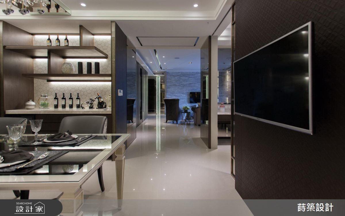 貼心電視牆的設計,讓喜愛招待賓客的屋主,享有歡愉用餐時光。