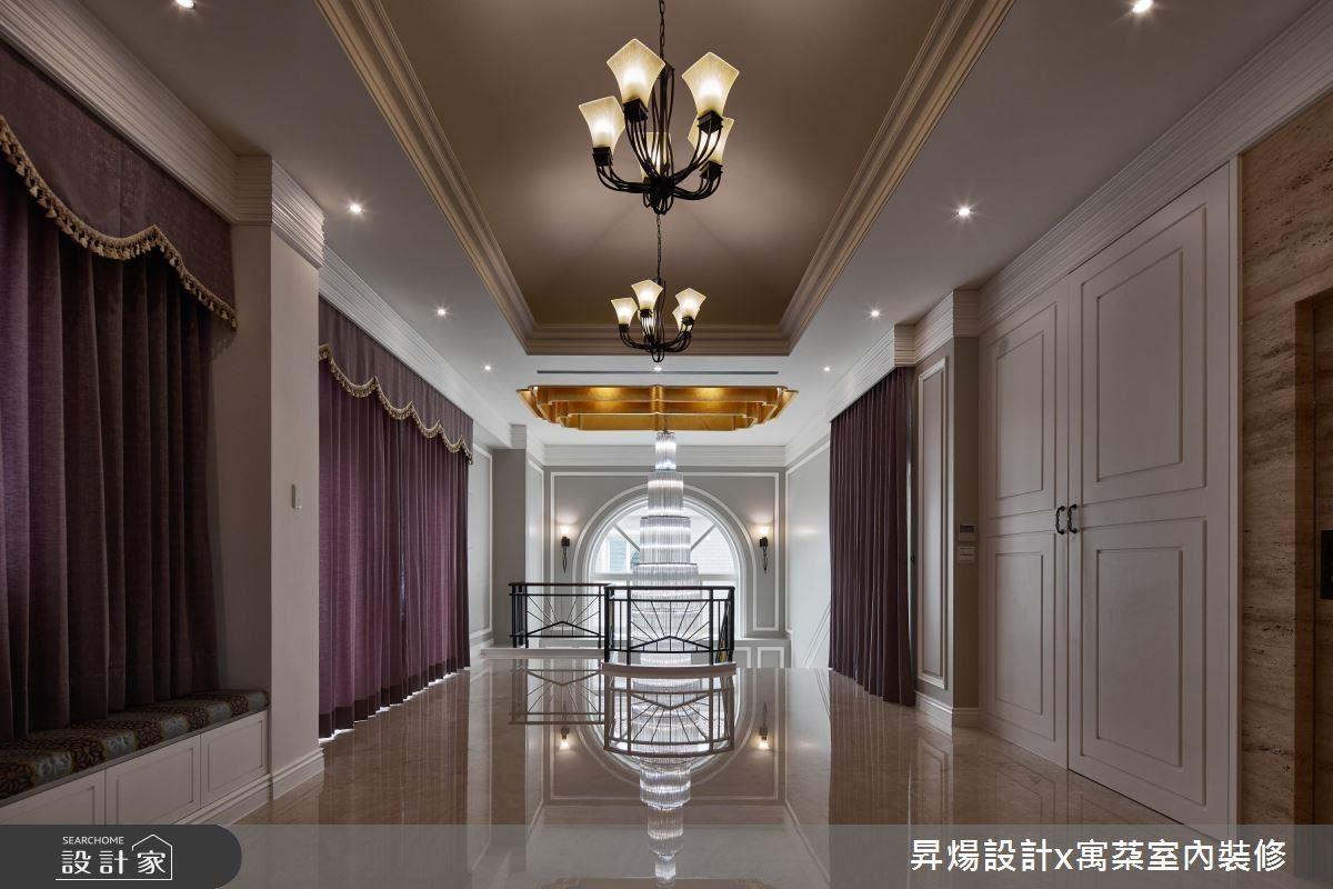 將細節設計鋪敘至空間之中的每個角落,帶給居住奢豪享受。