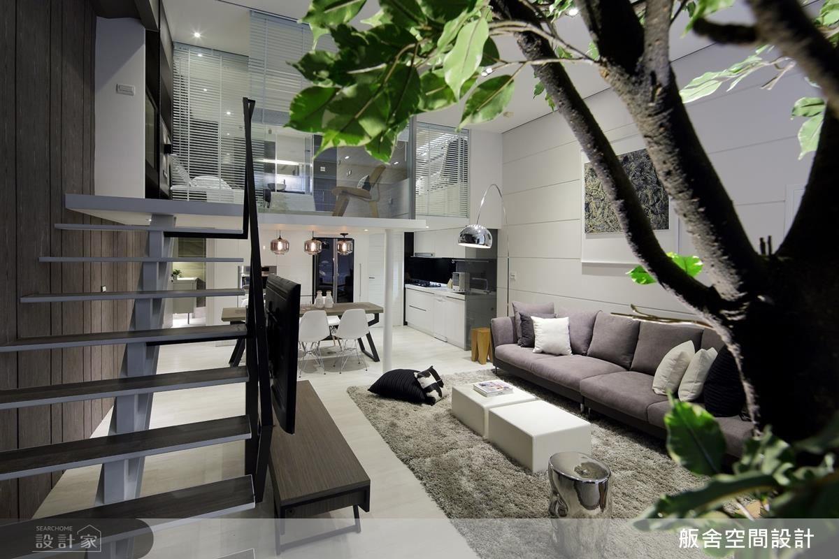 以簡化、通透的設計手法讓空間留白,提供居住者未來對生活的各種想像。