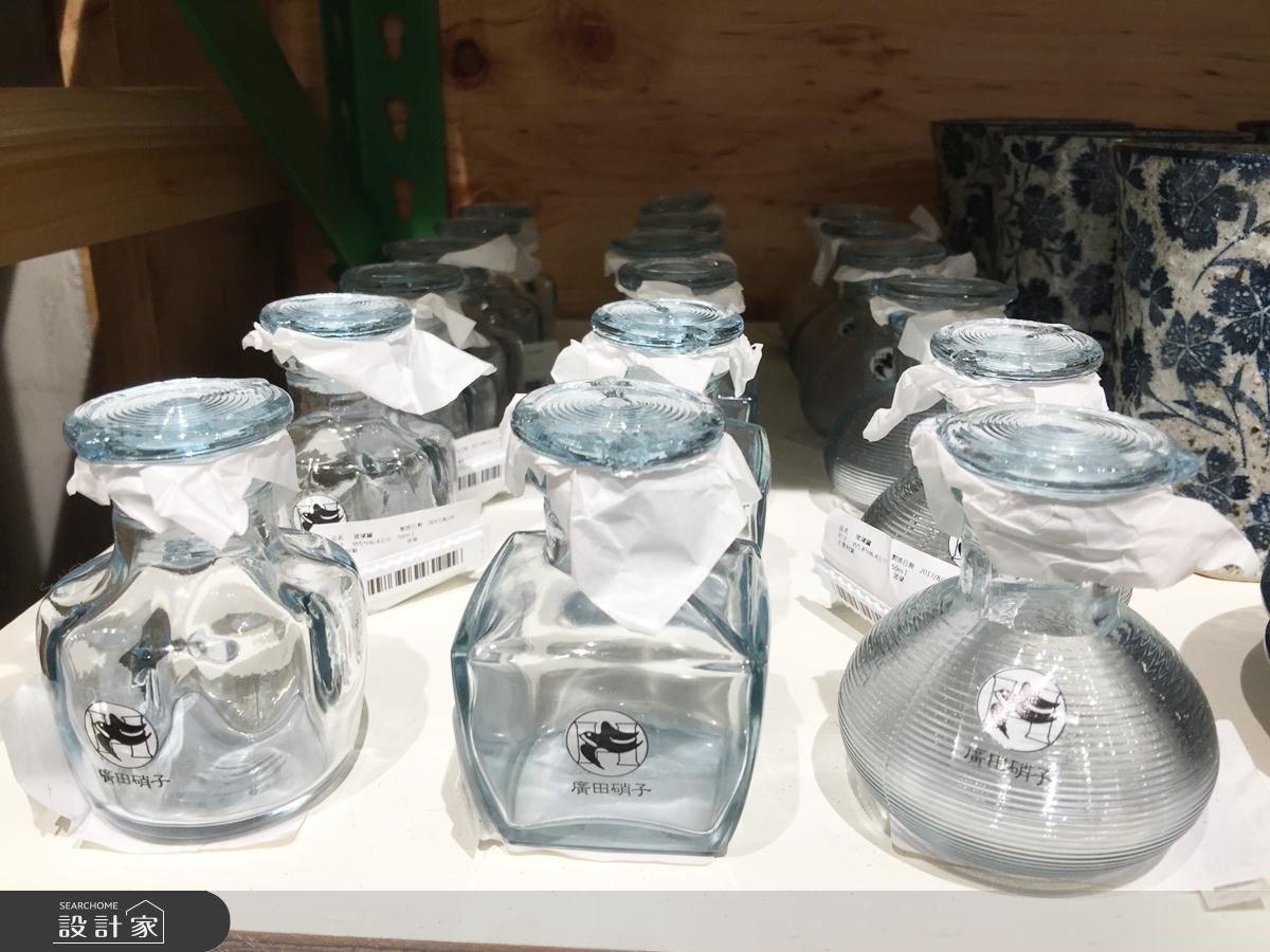 廣田哨子玻璃罐,一個價格約NT.300元