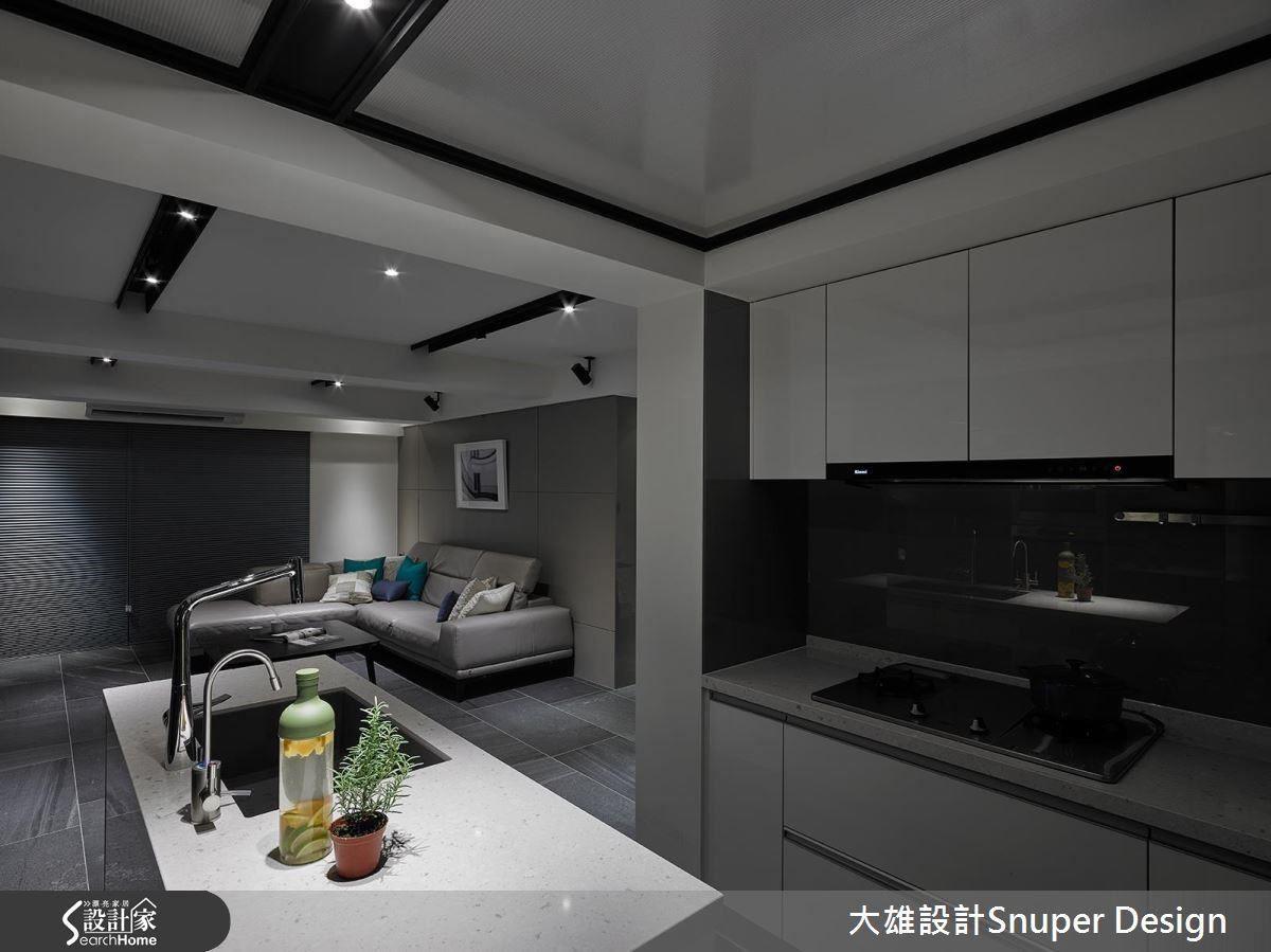 老屋裝修預算需比新成屋多抓 20%,並活用耐濕、吸濕的材料達到空間最健康的狀態。