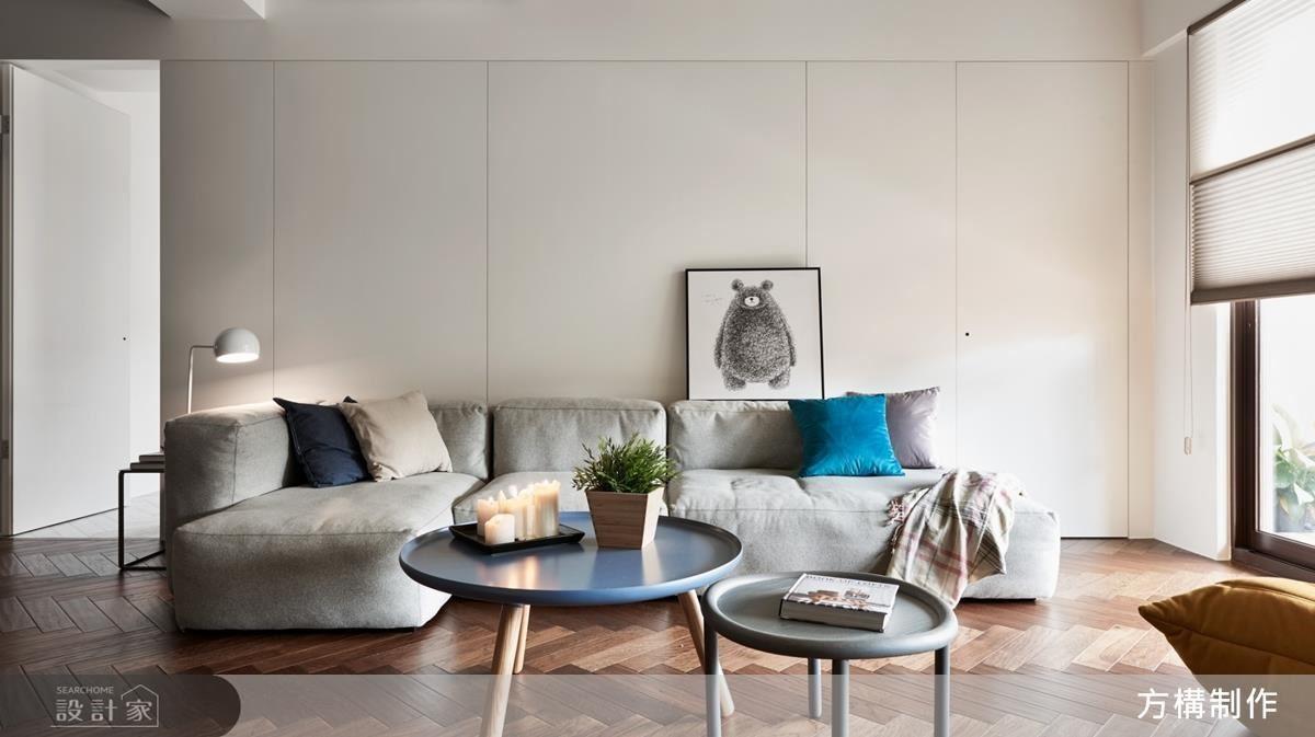 舒適的家具軟件,讓屋主不禁想多留片刻,實木人字拼貼地板,讓居家空間有了復古韻味,整體氛圍徜徉在現代與復古的交錯間。