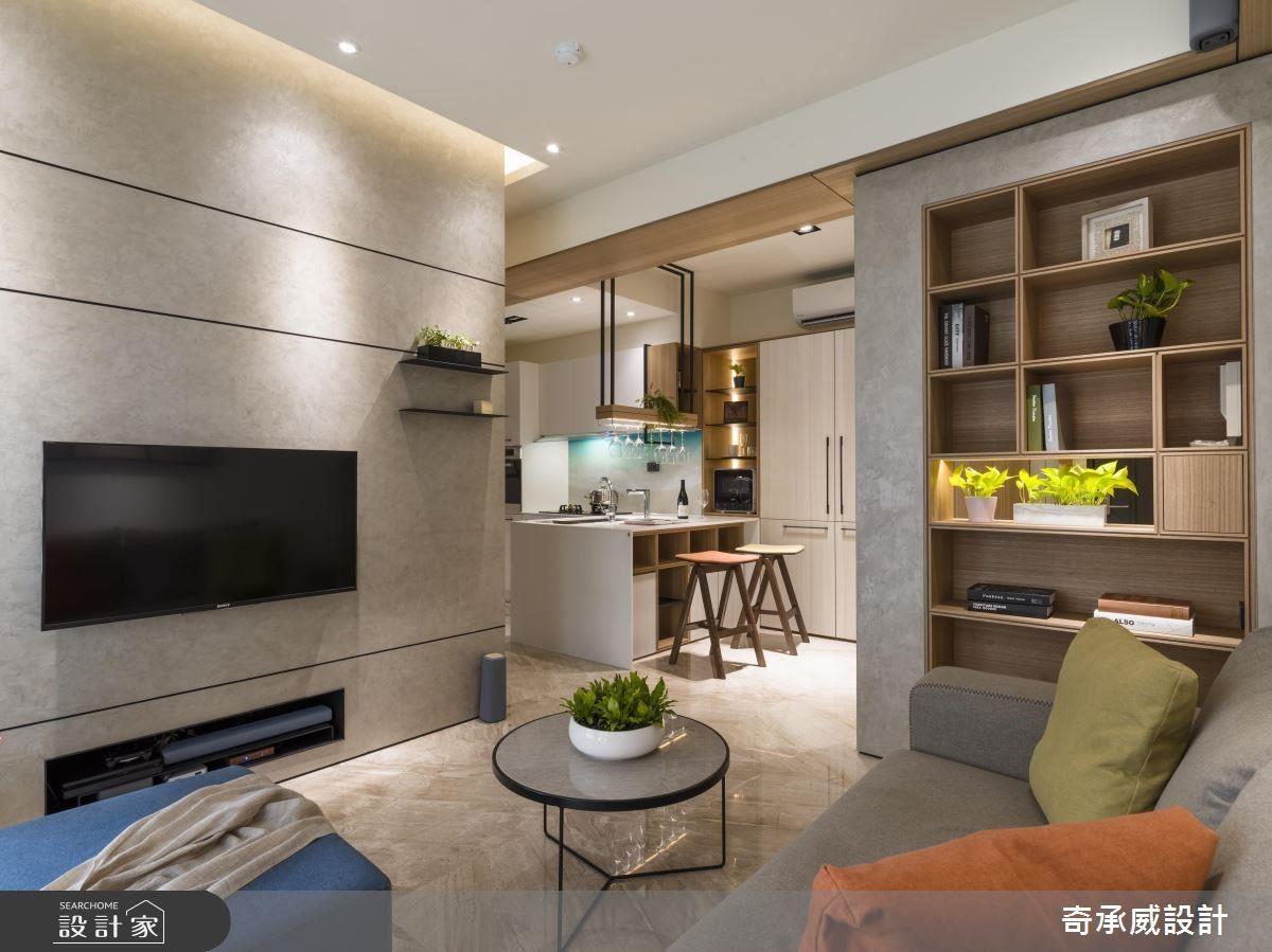 讓牆面、櫃體盡可能不佔去太多空間,捨棄厚重的石材、木皮,採以獨特的Spiver義大利頂級特殊塗料、鋪敘玄關與電視牆,在網羅大器感的同時也輕化立面與量體。