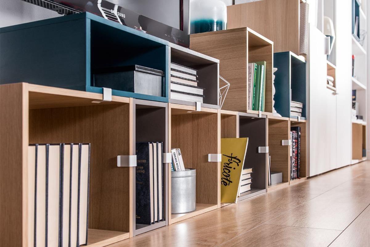 4 YOU 系列推出三款異色收納木箱,可以自由混搭展現活潑風格,也可單獨使用或是用來點綴房間,依照個人需求搭配靈活運用。