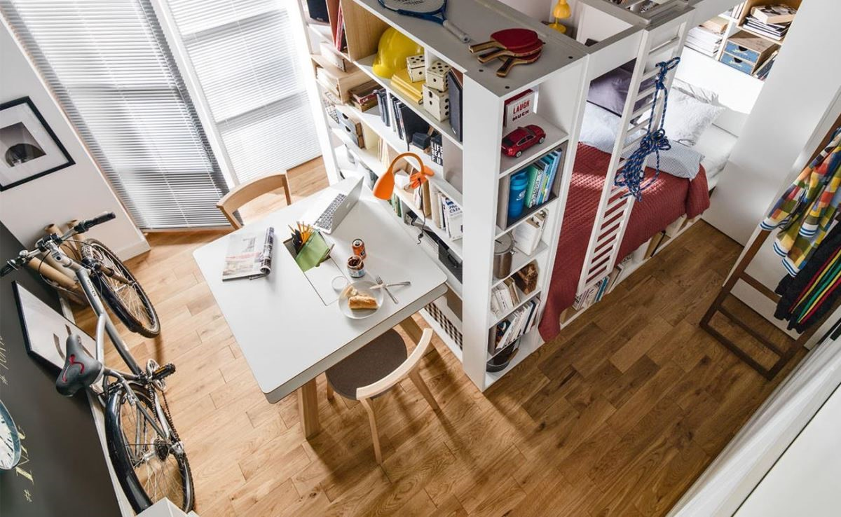 嫌房間不夠大沒關係,4 YOU 系列的四柱床組搭配機能餐桌,讓小空間也能滿足豐富且多變的生活需求。