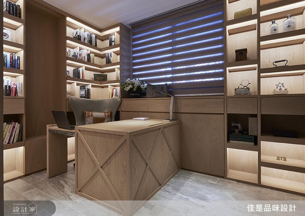 木作書房延續格紋裝置巧思,並以設計光源投射出舒適閱讀的好氛圍。
