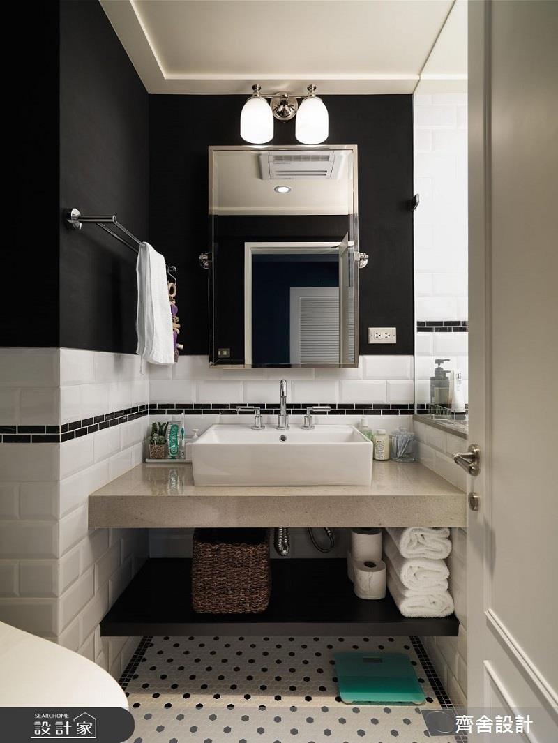 不喜歡牆面過於繽紛?黑色也是能立刻凸顯風格的一種選擇。>>看完整圖庫