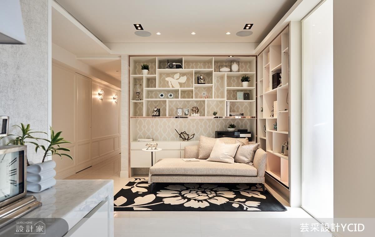 公領域到私領域的轉捩點,同樣以精品概念妝點空間氛圍,也進而成就全家人休憩的角落。
