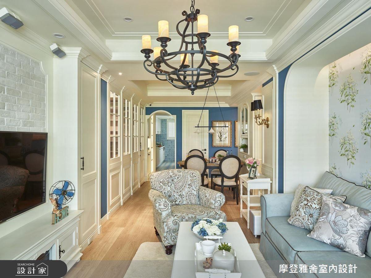 以皇家藍作為空間色彩主調,傳遞出屋主貴族般的氣息。