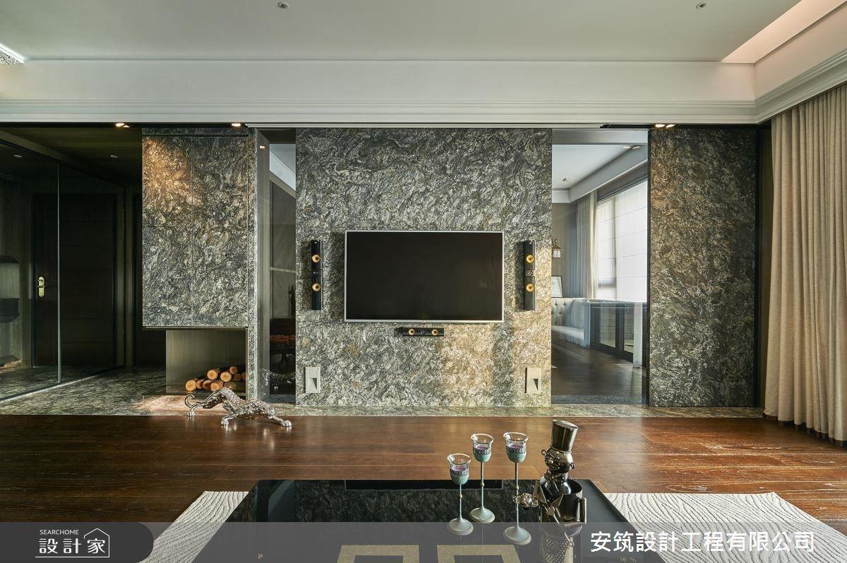 石材紋路的牆面充滿重量感,給人一種大器又冷冽的磅礡氣勢!