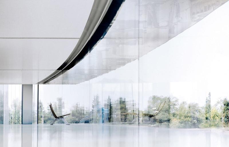 質材有機且簡潔俐落的家具為 Naoto Fugasawa 的創作。>>看完整文章
